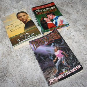Novel book lot of three Christmas, religion reads